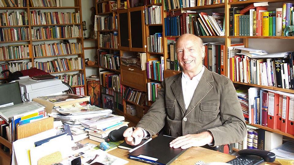 Pfarrer Dr. Michael Mayr